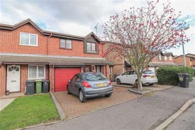 3 Bedrooms House for rent in Lesney Gardens, Rochford