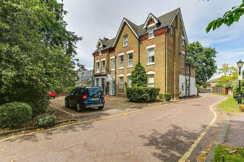 3 Bedrooms Flat for sale in Brackley Road, Beckenham, BR3
