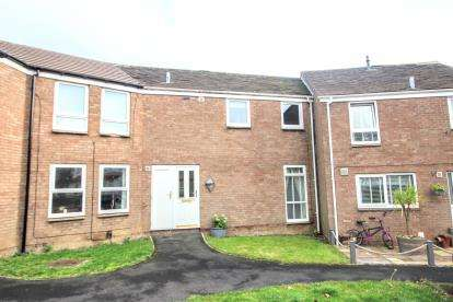 3 Bedrooms Terraced House for sale in Ennerdale, Washington, Tyne and Wear, NE37