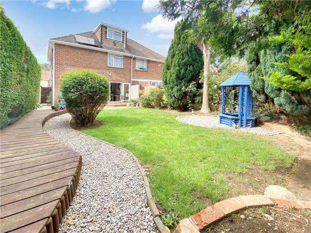 4 Bedrooms Semi Detached House for sale in Nobes Avenue, Gosport, Hampshire