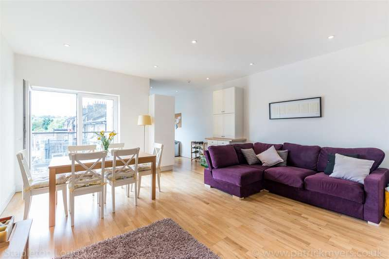 3 Bedrooms Flat for rent in Knights Hill, London