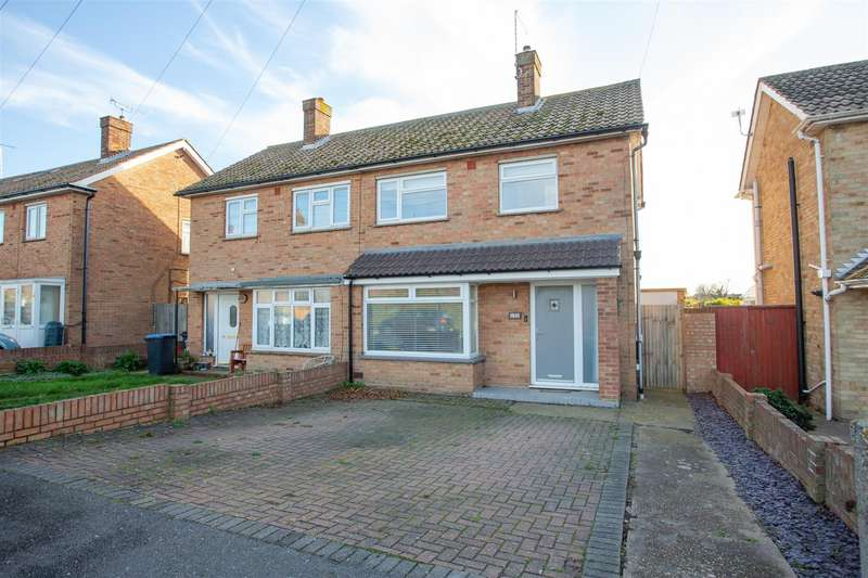 2 Bedrooms Semi Detached House for sale in Linksfield Road, Westgate-On-Sea