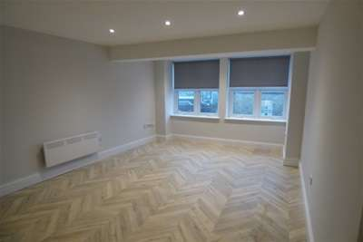 1 Bedroom Flat for rent in 12 Derby Chambers, Bury