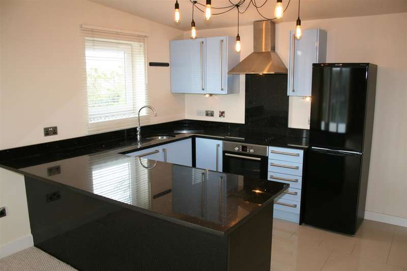 2 Bedrooms Apartment Flat for rent in Aspley Heights Church Street, Moldgreen, Huddersfield