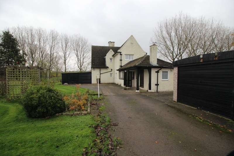 2 Bedrooms Detached House for sale in Cooksland Lane, Old Snydale, Pontefract, West Yorkshire, WF7