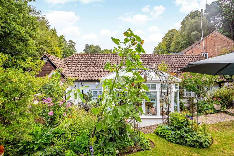 2 Bedrooms Detached Bungalow for sale in Beech Hill Road, Headley, Hampshire, GU35