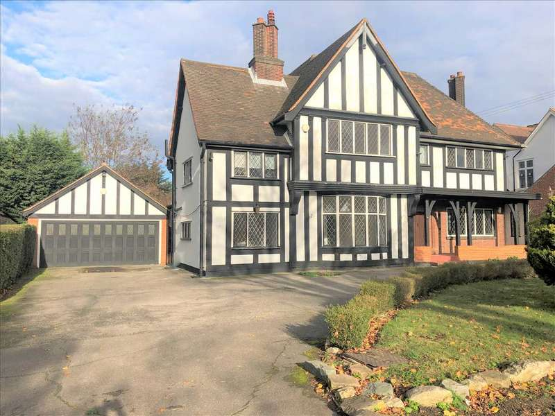 5 Bedrooms Detached House for rent in Sylvan Avenue, Emerson Park, Hornchurch