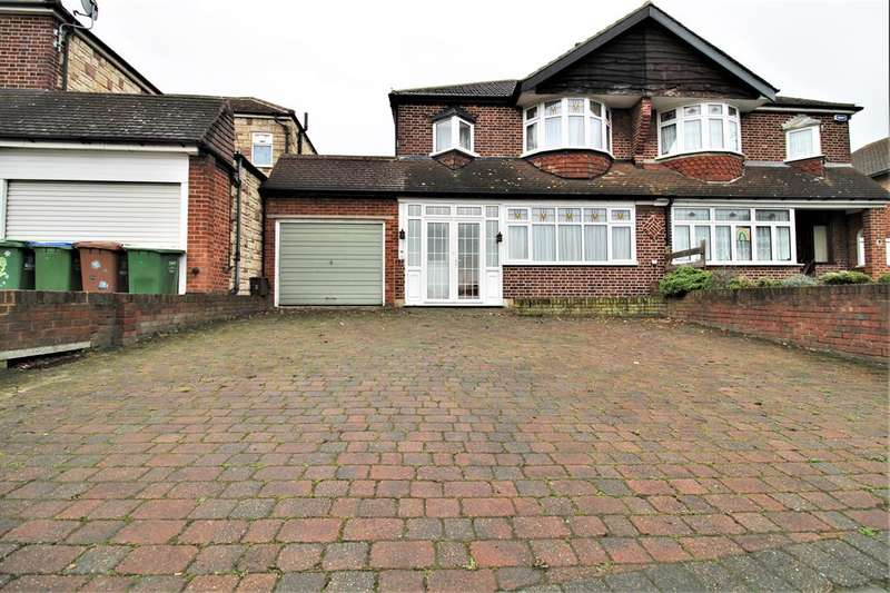 3 Bedrooms Semi Detached House for sale in Gravel Hill, Bexleyheath, Kent, DA6 7PT