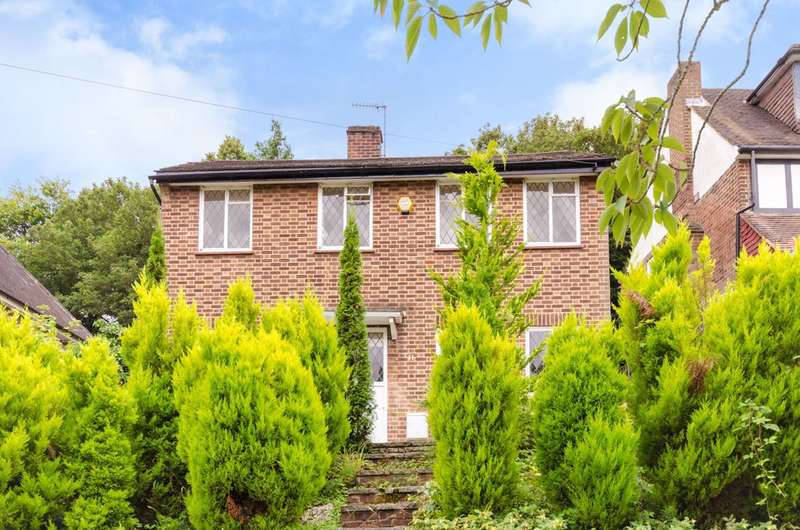 4 Bedrooms Detached House for rent in Ullswater Crescent, Kingston, SW15