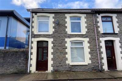 4 Bedrooms House for rent in Thompson Street, Pontypridd