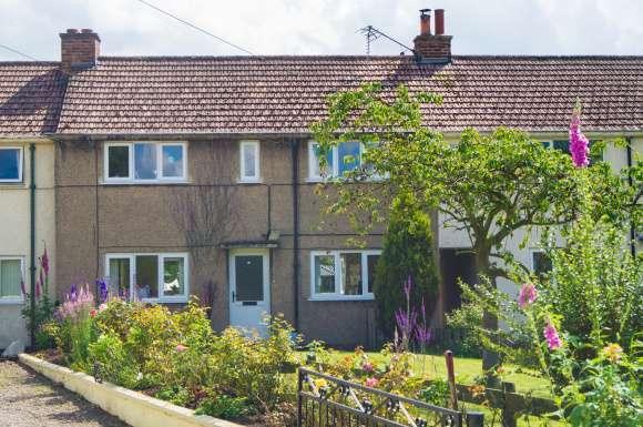 3 Bedrooms Property for sale in The Avenue, Kirklington