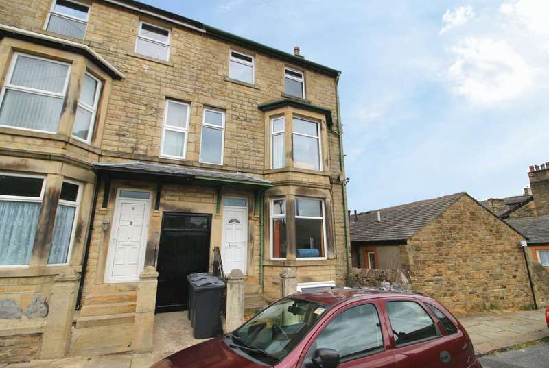 6 Bedrooms End Of Terrace House for sale in Income Producing HMO on Lindow Street, Lancaster