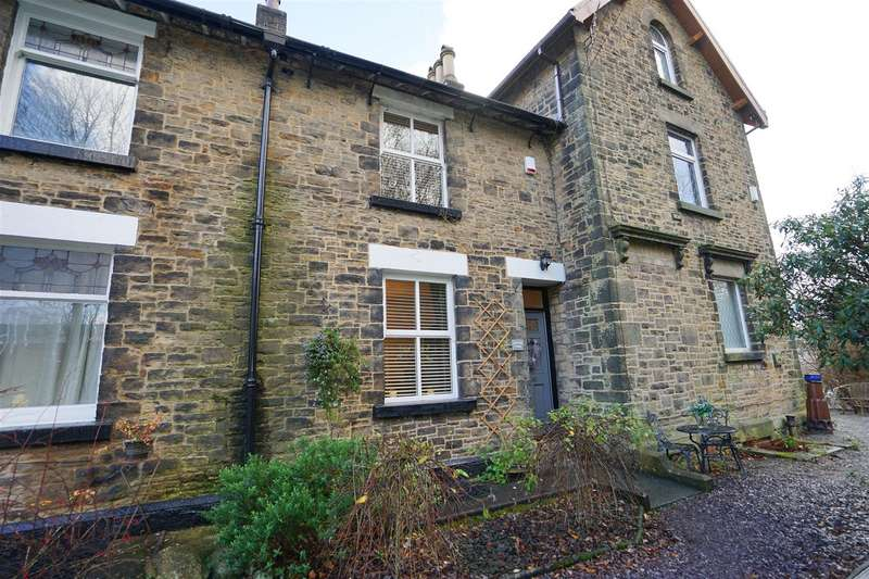 3 Bedrooms Cottage House for sale in Park Terrace, Eagley
