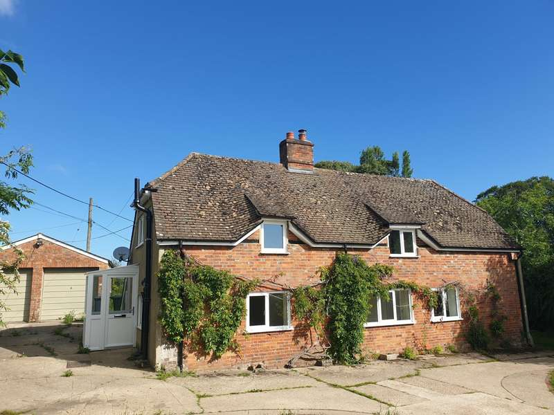 4 Bedrooms Detached House for rent in Wootton St Lawrence, Hampshire