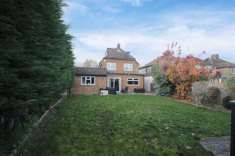 5 Bedrooms Detached House for sale in Watford, Hertfordshire