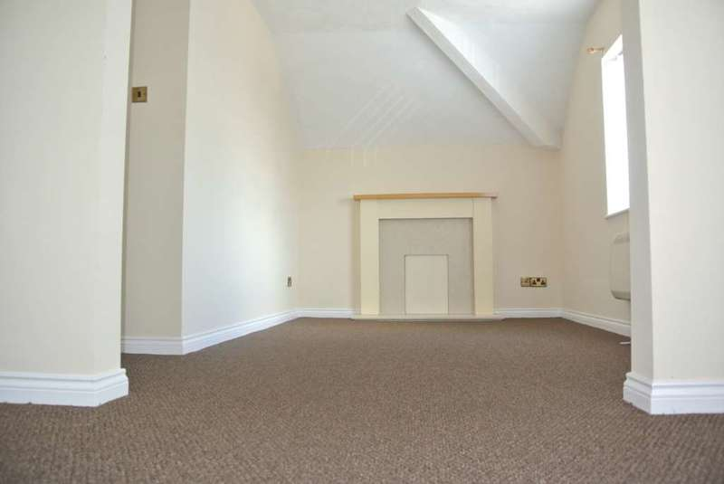 2 Bedrooms Flat for rent in Napier Avenue, Blackpool, FY4 1PB