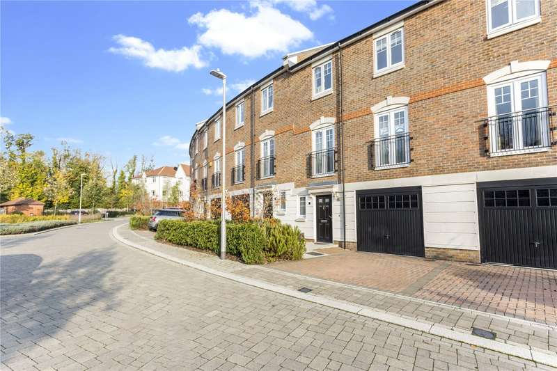 4 Bedrooms Terraced House for sale in The Crescent, Mere Road, Dunton Green, Sevenoaks, TN14