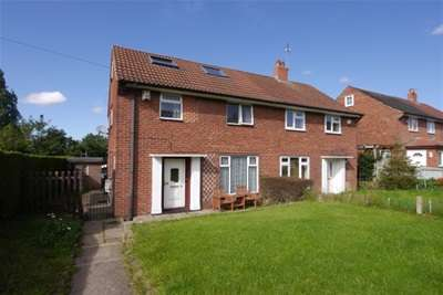 3 Bedrooms House for rent in Fernbank Drive, Bramley