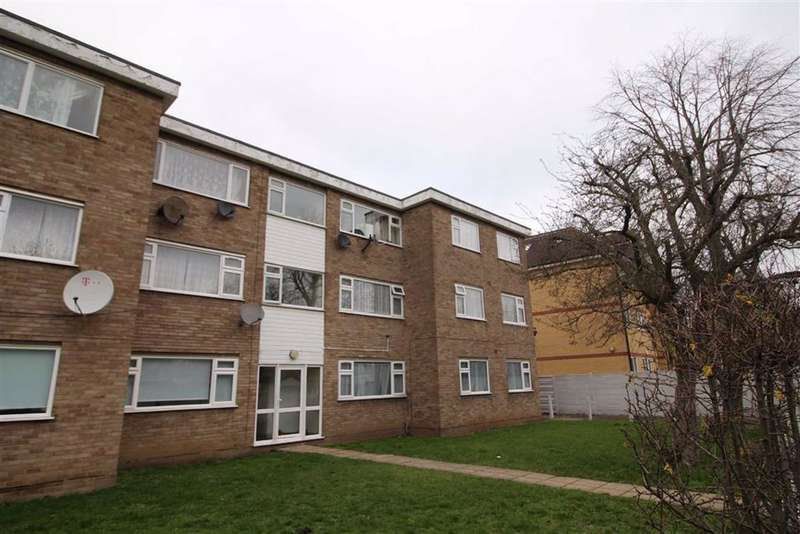 2 Bedrooms Flat for rent in Forest Road, London, London