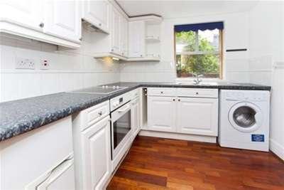 2 Bedrooms Flat for rent in Emperors Wharf, Skeldergate, York, YO1