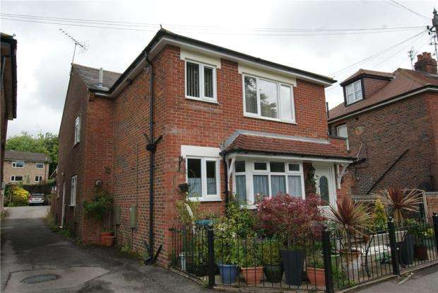 2 Bedrooms Apartment Flat for sale in 20A The Green, Rowlands Castle, Hampshire