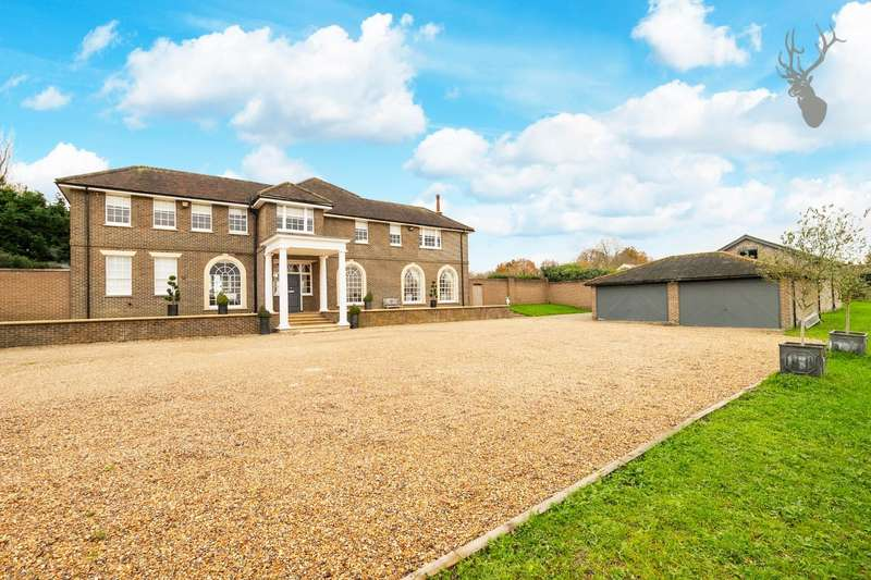 5 Bedrooms Detached House for sale in High Road, Chigwell