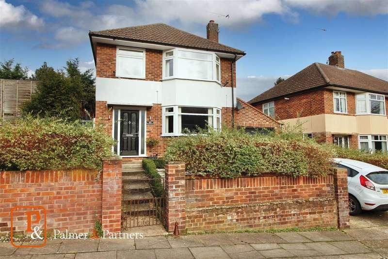 3 Bedrooms Detached House for sale in Belstead Avenue, Ipswich