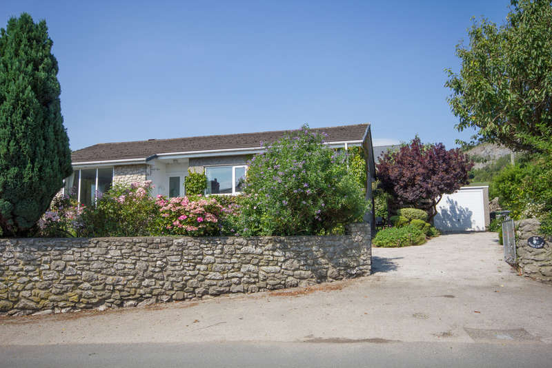 3 Bedrooms Detached Bungalow for sale in Main Street, Warton, Carnforth