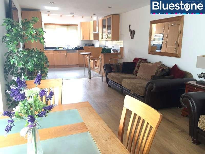 5 Bedrooms House for rent in Caerleon Road, Newport