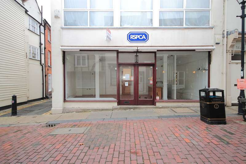 Commercial Property for rent in West Street, Faversham