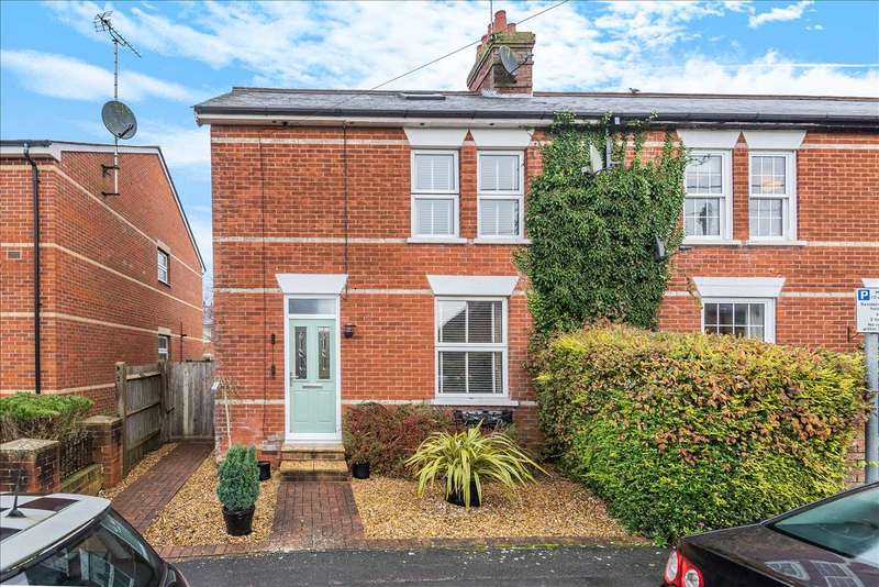 3 Bedrooms End Of Terrace House for sale in An extended, family home with a delightful garden, refitted kitchen/breakfast room and two living rooms.
