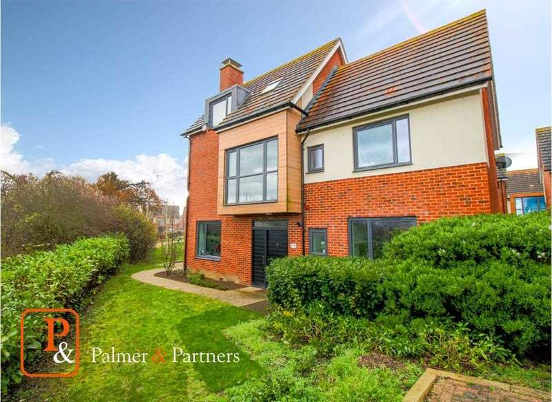 4 Bedrooms Town House for sale in Flame Way, Mill Road, Mile End, Colchester, CO4