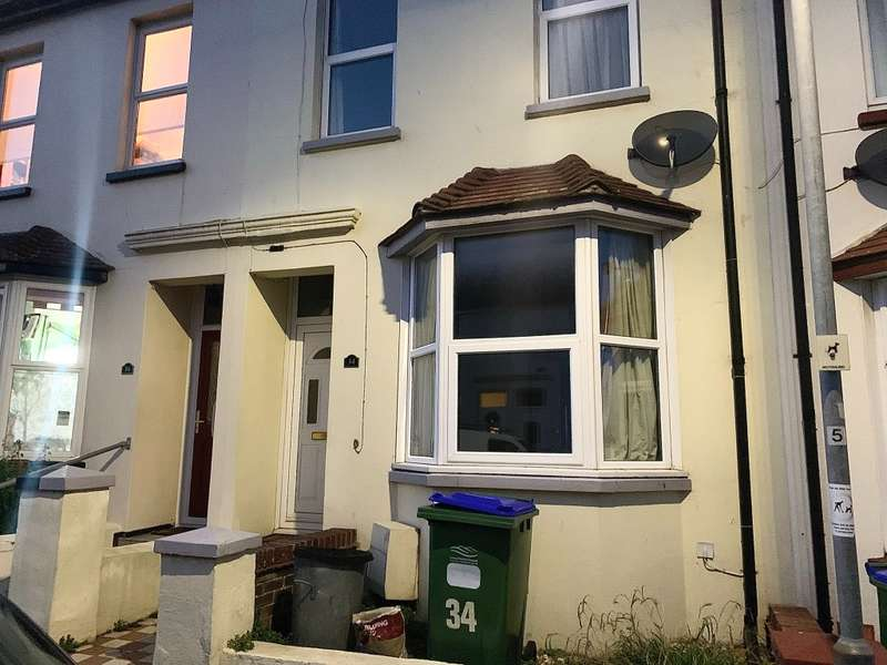 1 Bedroom Flat for rent in Evelyn Avenue, , Newhaven, BN9 9SQ