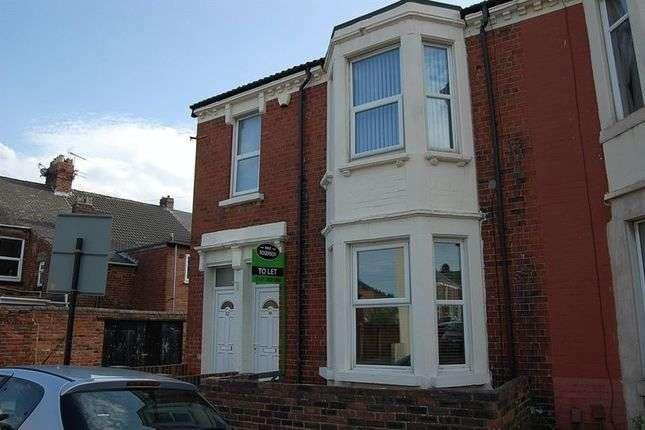 2 Bedrooms Flat for rent in Myrtle Grove, Wallsend
