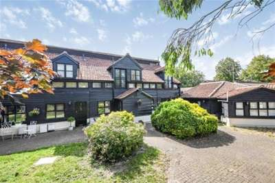 2 Bedrooms Cottage House for rent in COXTIE GREEN - BRENTWOOD