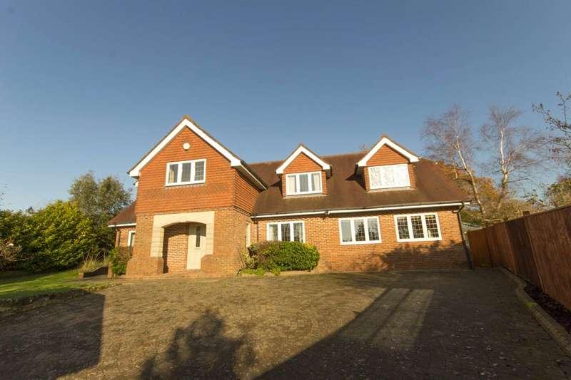 5 Bedrooms Detached House for rent in Heathfield Road, Burwash Weald