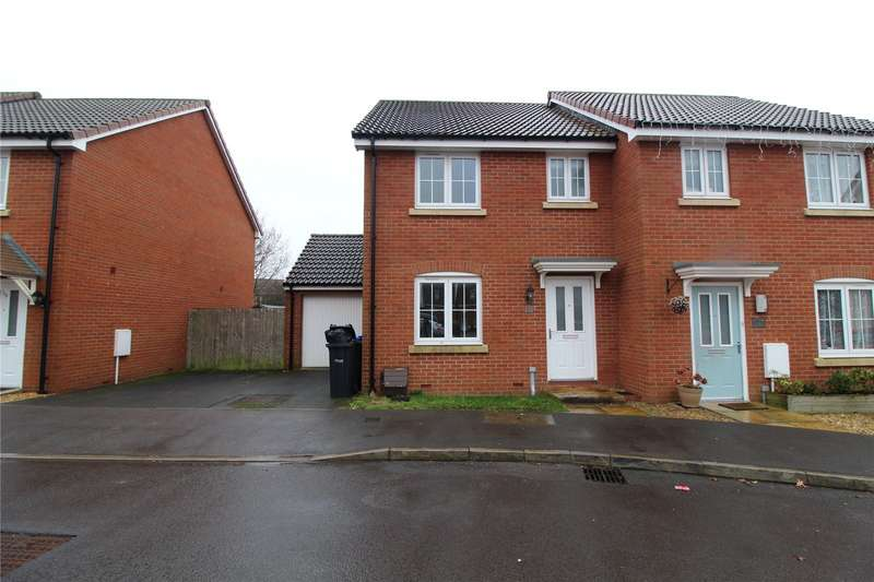 3 Bedrooms Semi Detached House for rent in Blain Place, Royal Wootton Bassett, Wiltshire, SN4