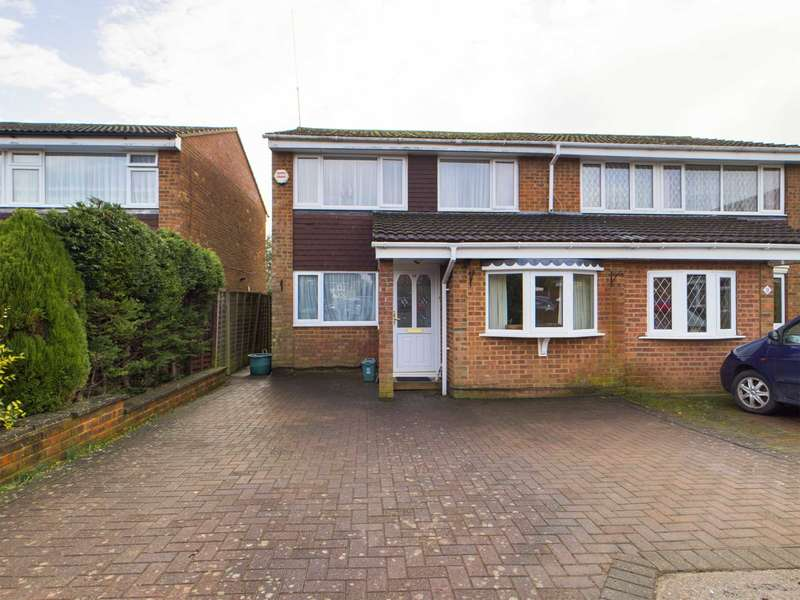 4 Bedrooms House for rent in 3/4 Bed Family home, Woodhall Farm
