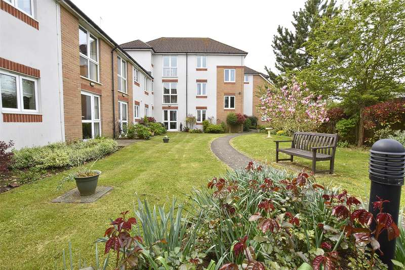 1 Bedroom Flat for sale in St. Michaels Court Cheltenham Road, Bishops Cleeve, CHELTENHAM, Gloucestershire, GL52