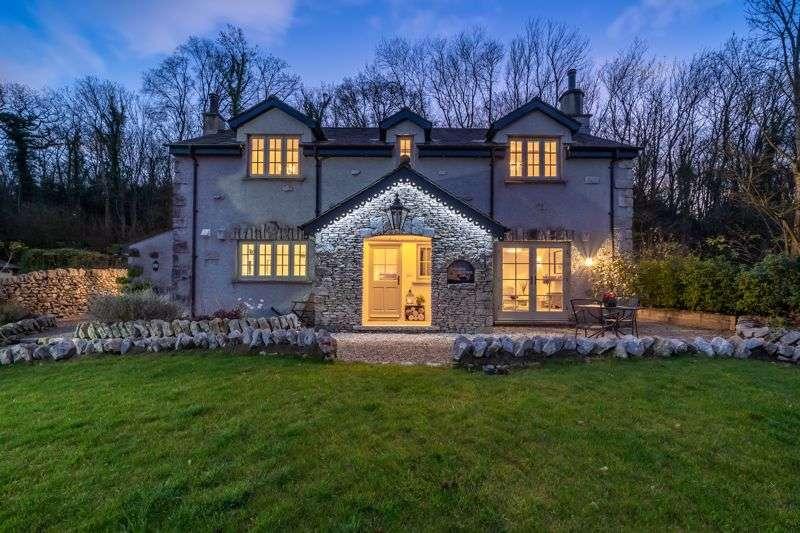 3 Bedrooms Property for sale in Spectacular detached cottage