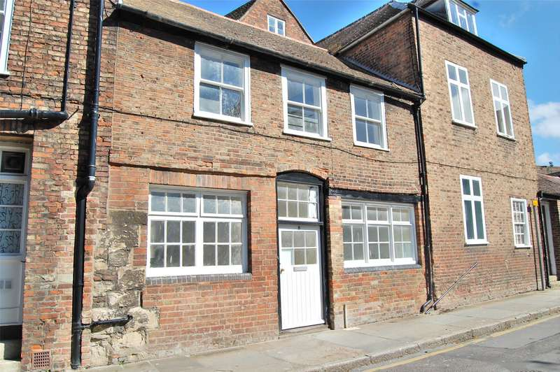 4 Bedrooms Terraced House for rent in Three Cocks Lane, GLOUCESTER, GL1