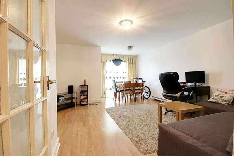 2 Bedrooms Apartment Flat for rent in Needham Court, Manton Road, Manton Road, Enfield, Middlesex, EN3
