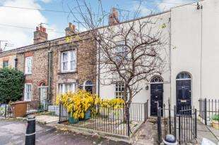 4 Bedrooms Terraced House for sale in Maidstone Road, Rochester, Kent