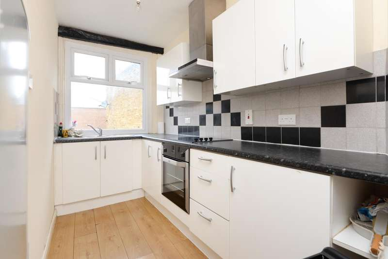 3 Bedrooms Apartment Flat for rent in Week Street, Maidstone, ME14