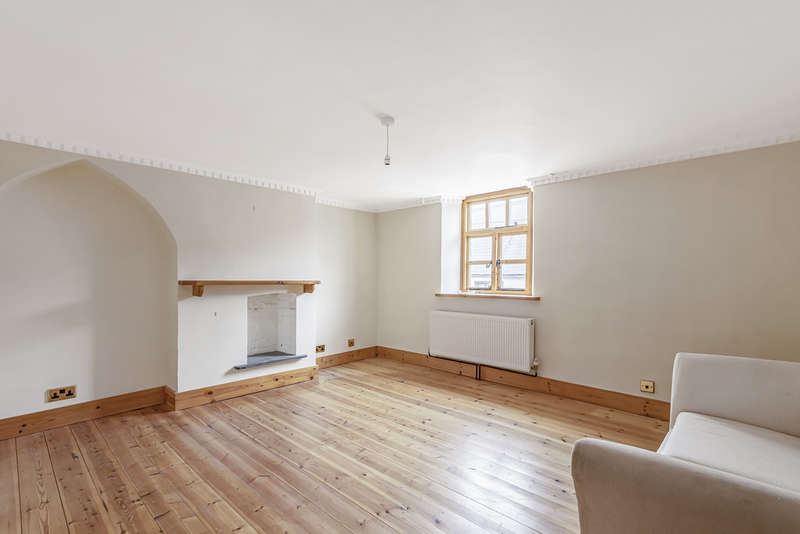 3 Bedrooms Terraced House for sale in High Street, Codford
