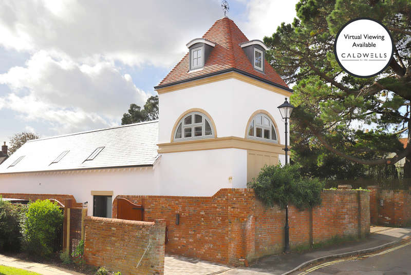4 Bedrooms Detached House for sale in Cannon Street, Lymington, Hampshire