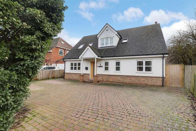 4 Bedrooms Chalet House for sale in Maidstone Road, Danaway, SIttingbourne