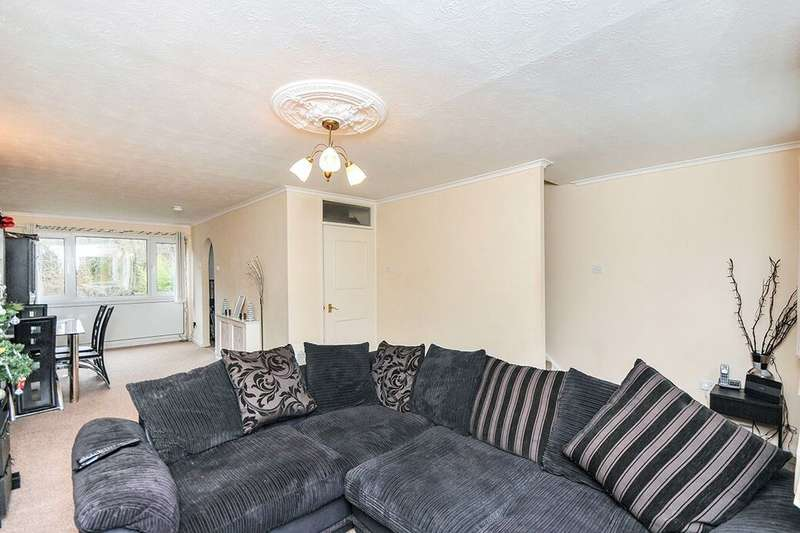 4 Bedrooms Property for rent in St. Davids Close, West Wickham, BR4