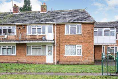 2 Bedrooms Maisonette Flat for sale in Lilac Grove, Bentley, Walsall