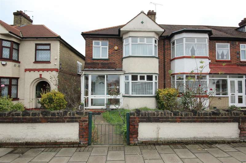 3 Bedrooms End Of Terrace House for sale in Winsford Terrace, Great Cambridge Road, London